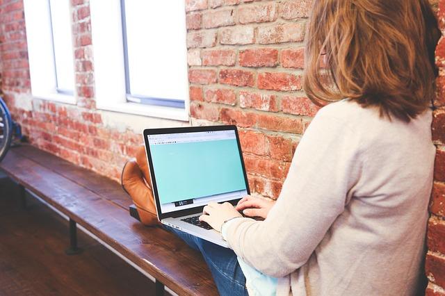 Jak udostępnić internet z laptopa?